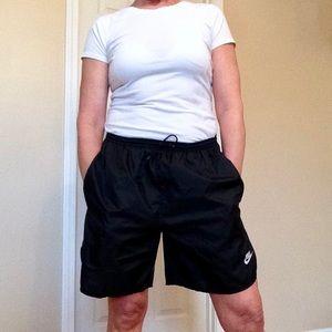 Nike Shorts - Nike size medium pocketed drawstring shorts
